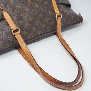 Louis Vuitton Bags - Auth Louis Vuitton Totally MM Monogram Tote Bag